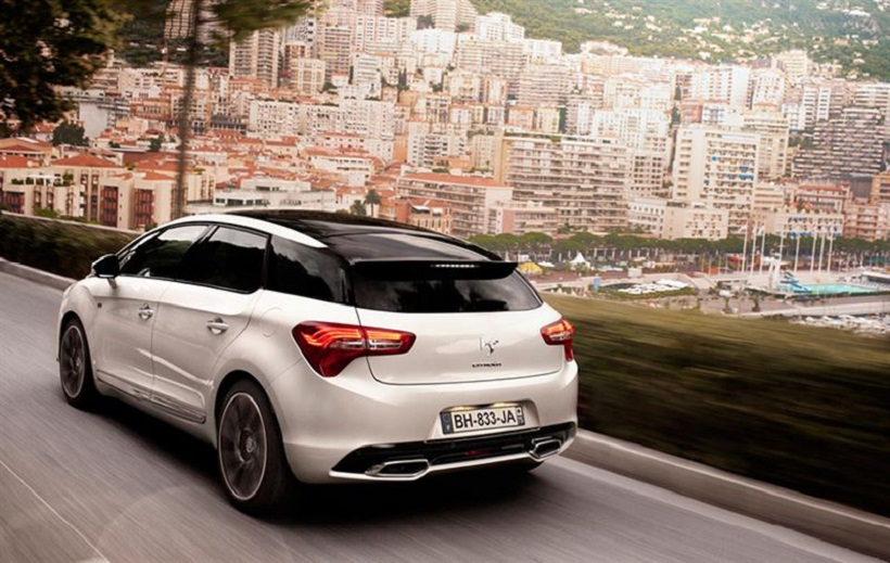 2015_Citroen_DS5_Rear