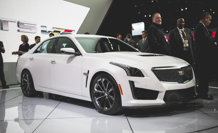 2016-Cadillac-CTS-V-201-876x535