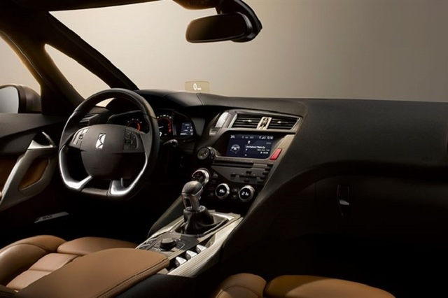 listing_main_2015_Citroen_DS5_Interior