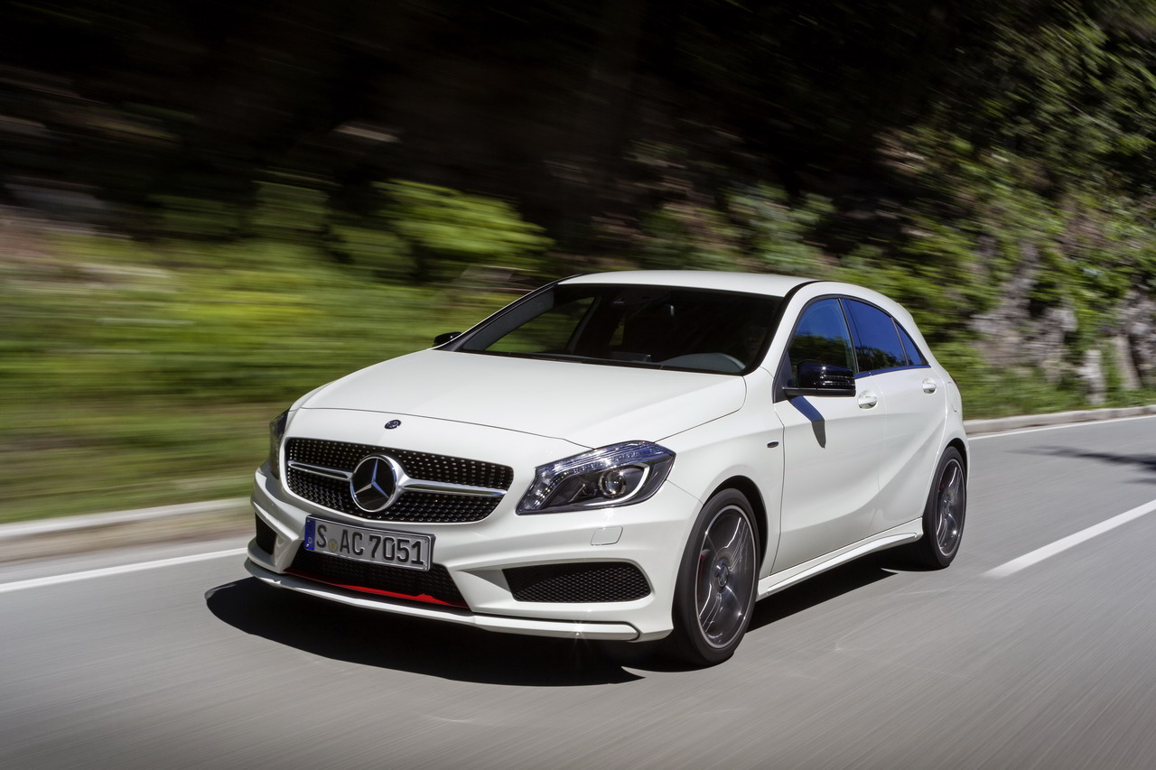 Mercedes-Benz A 250 SPORT, (W 176), Fahrveranstaltung Slowenien 2012 / Press Drive Slovenia 2012 Lack: zirrusweiß, Ausstattung: ARTICO / DINAMICA schwarz