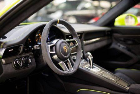 Porsche-911-GT3-RS-8