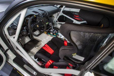 Porsche-cayman-gt4-clubsport-10
