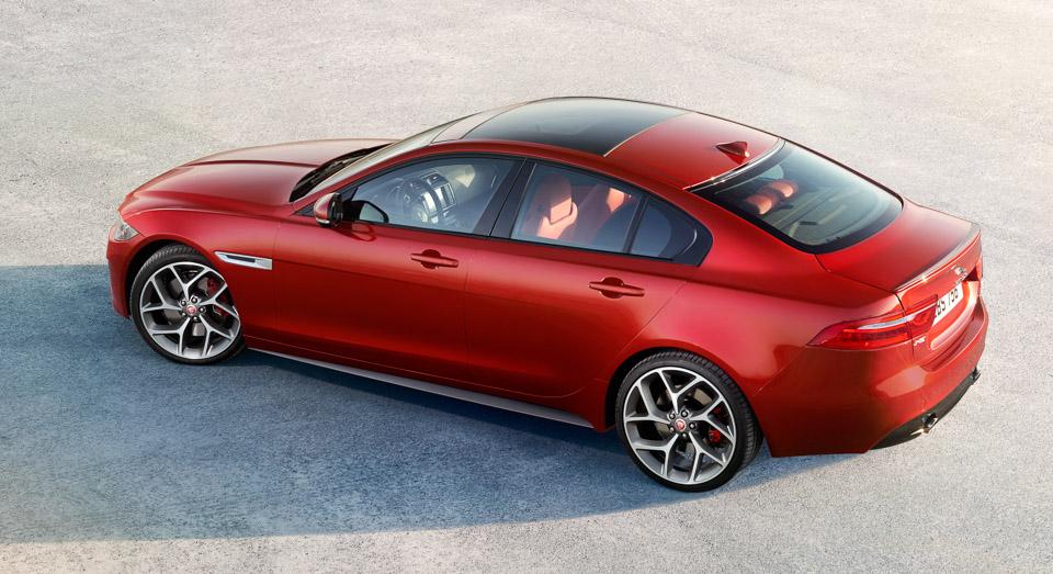 El Jaguar XE recibe tracción total AWD: Las condiciones climatológicas ya no son un problema 2