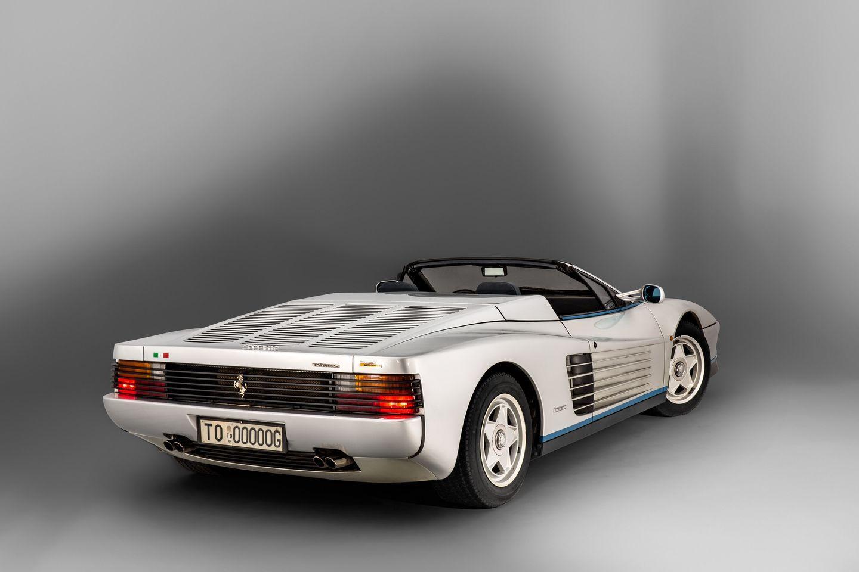Este Ferrari Testarosa Spider podría ser tuyo si tienes 900.000 euros disponibles 2