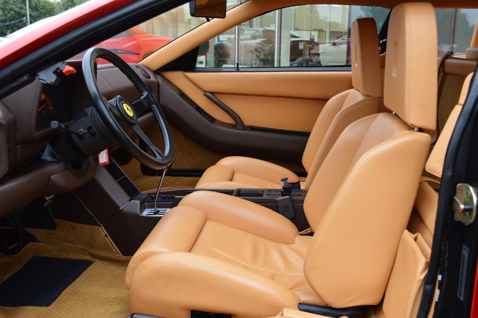 ¿Quieres un Ferrari Testarrosa con 276 kilómetros? Aquí puedes hacerte con uno... 3