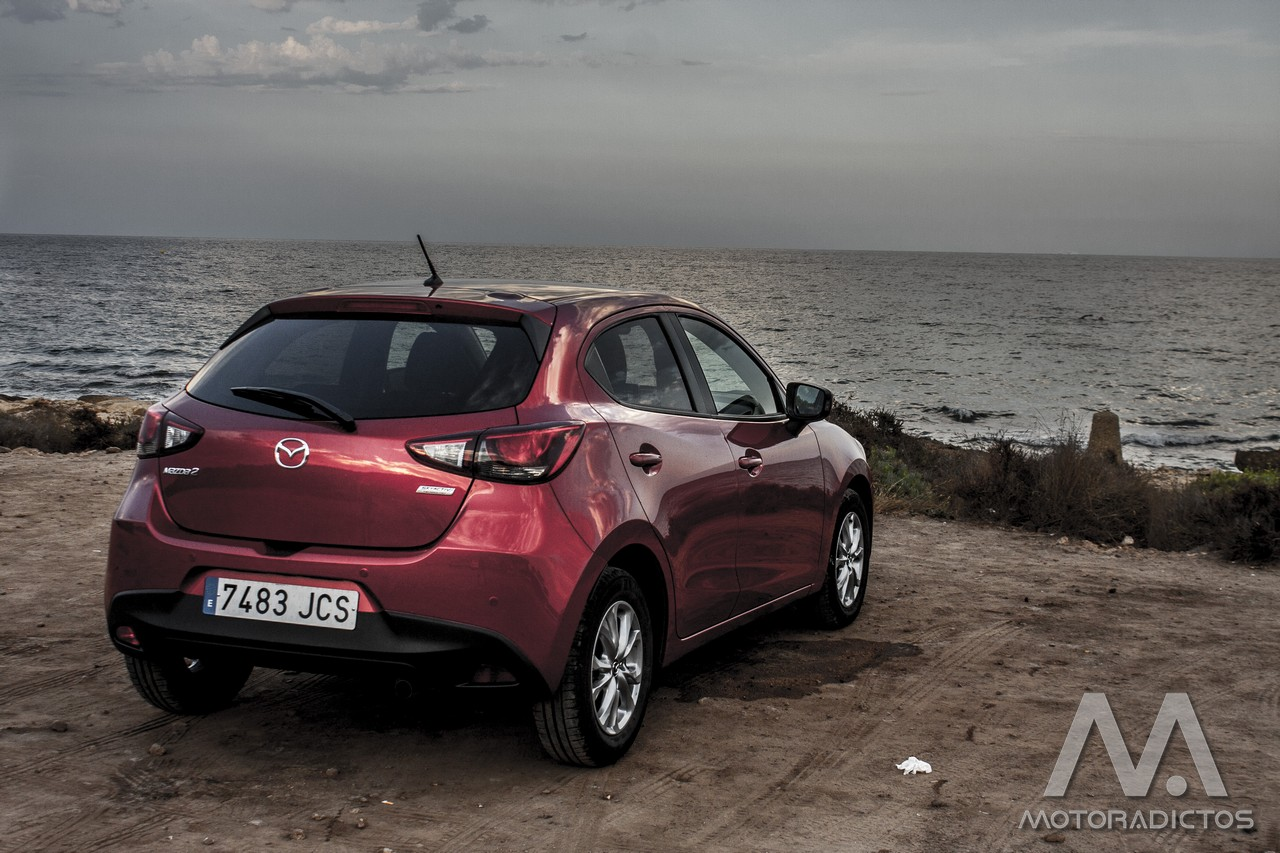 Prueba: Mazda 2 SkyActiv-G 75 CV Style+ (equipamiento, comportamiento, conclusión) 3