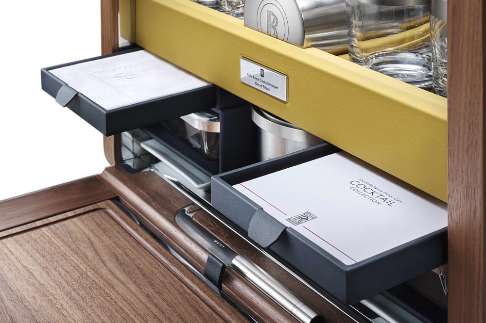 Sólo 31.000 euros: El kit de cócteles para tu Rolls-Royce 2