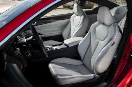 2017-Infiniti-Q60-Coupe-13