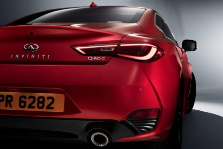2017-Infiniti-Q60-Coupe-18