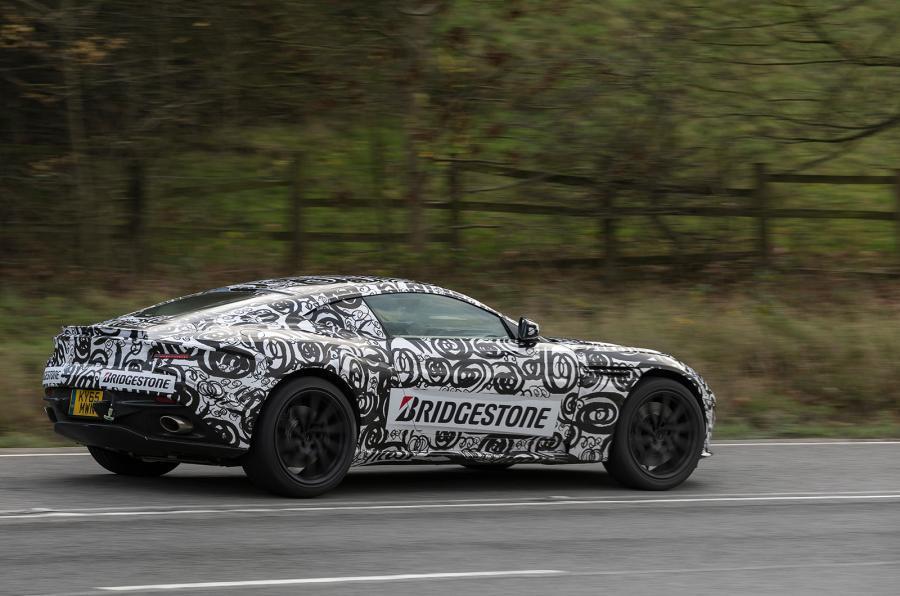 Aston Martin nos desvela las primeras imágenes del DB11: Aún en estado de gestación 1