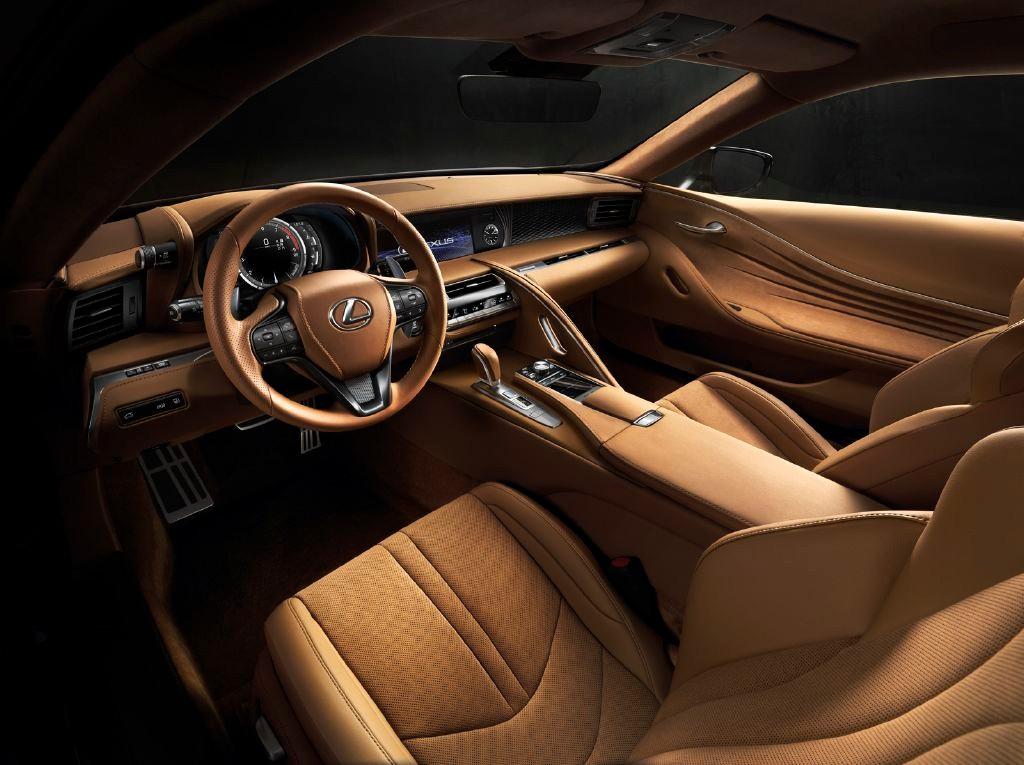 Lexus LC 500: El Coupé de altos vueltos derivado del LF-CC Concept 2