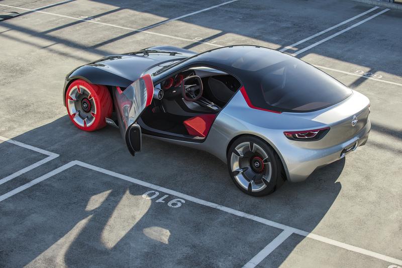 Opel GT Concept, primeras imágenes oficiales 4