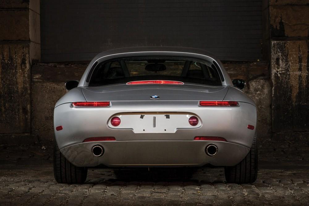 ¿Quieres un BMW Z8 casi de estreno? Puedes conseguirlo, pero no será barato 3