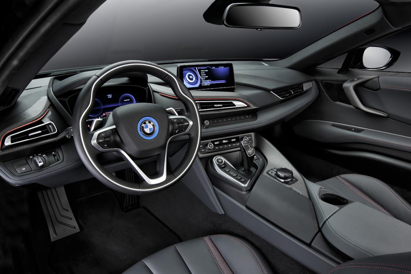 BMW i8 Protonic Red Edition: El deportivo híbrido se viste de rojo y de forma limitada 2
