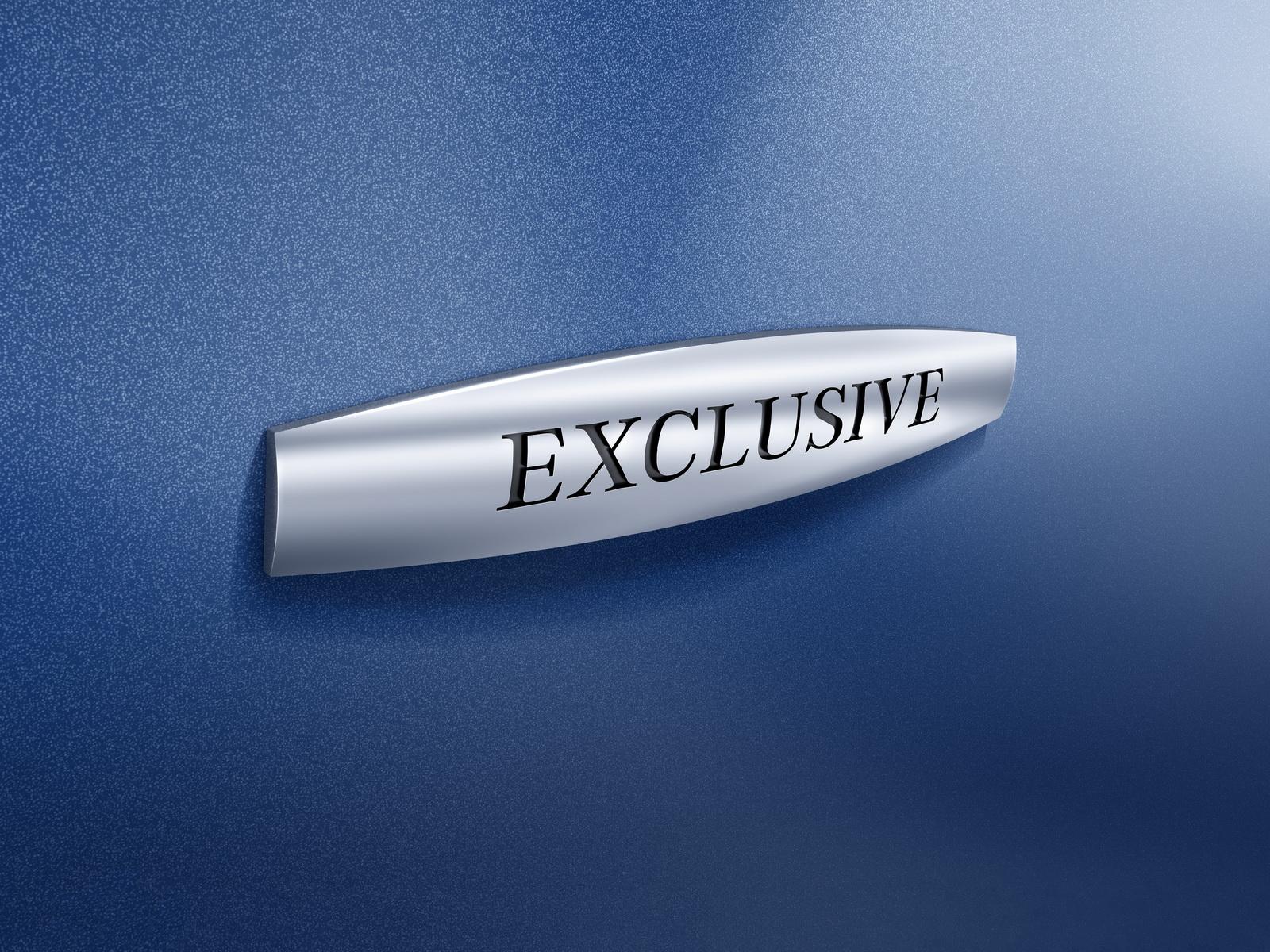 "V-Klasse EXCLUSIVE - Exterieur, cavansitblau metallic, ""EXCLUSIVE"" Label"