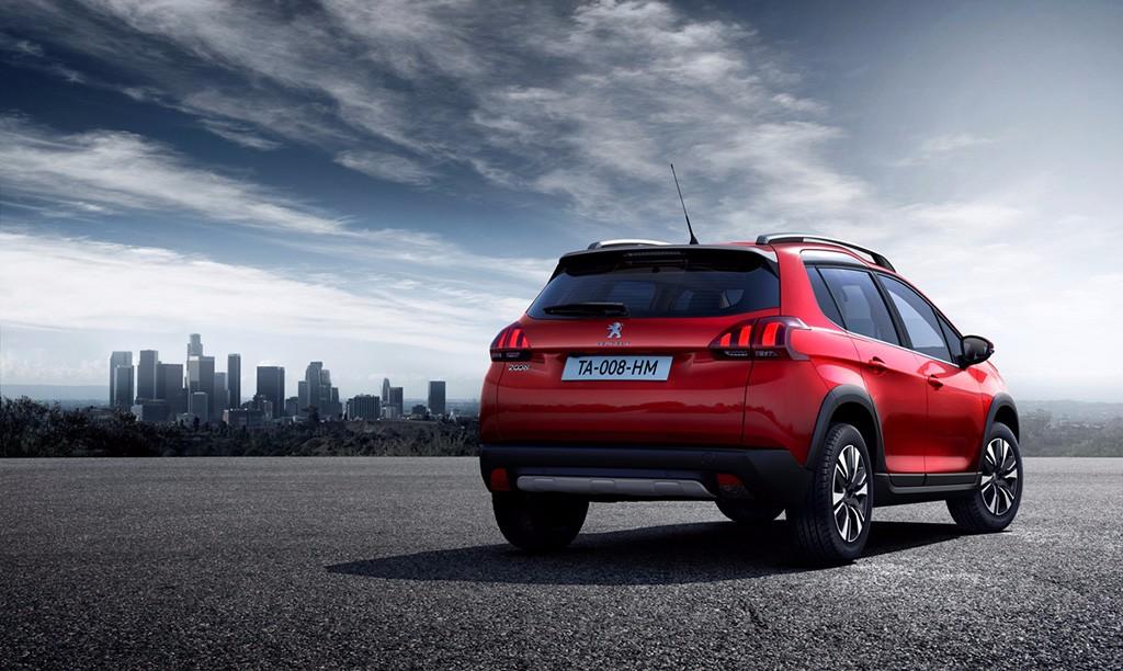Peugeot 2008 2016: El crossover recibe una actualización tras tres años en el mercado 2