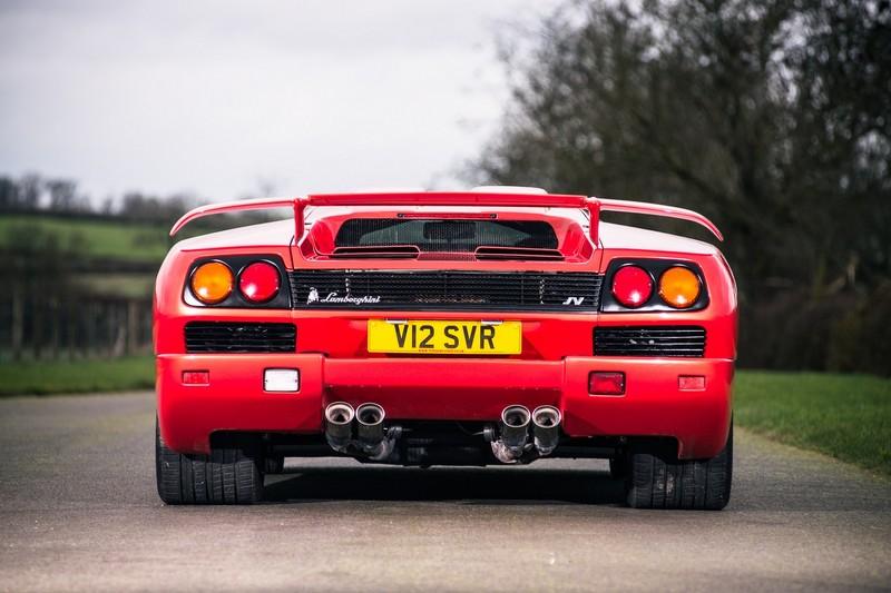 ¿Quieres hacerte con el último Lamborghini Diablo antes de que Volkswagen comprara la marca? 2