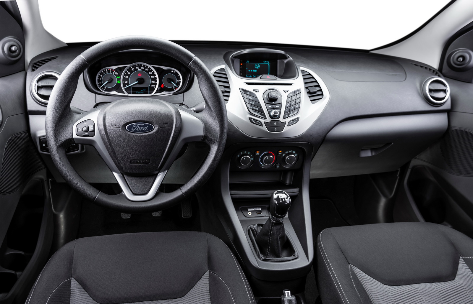 Interior of the 2015 Ka for Brazilian markets. Interior do novo Ka 2015.