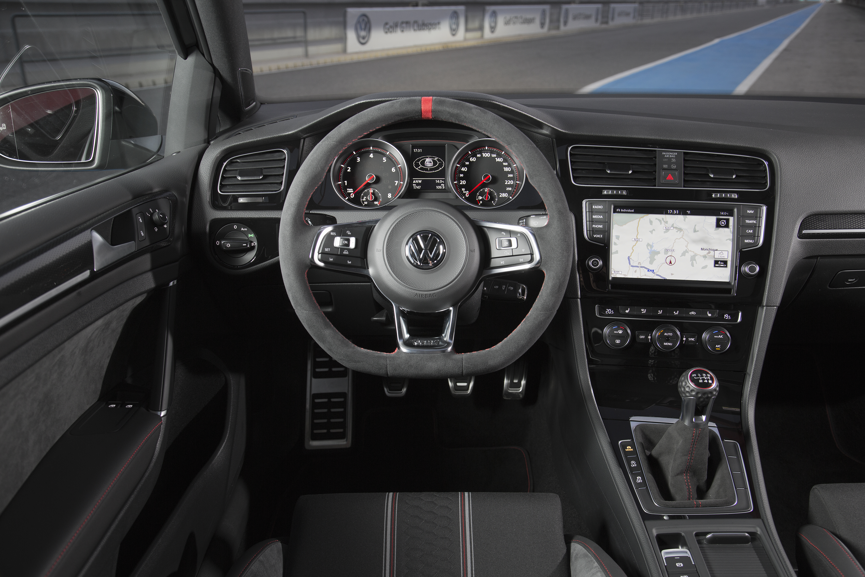 40 años... y para celebrarlo, el Volkswagen Golf GTI Clubsport desde 38.050 euros 2