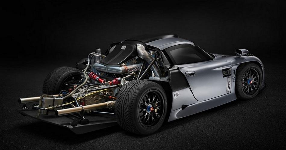 ¿Estarías dispuesto a pagar 3 millones de euros por un Porsche 911 GT1 homologado para calle? 2
