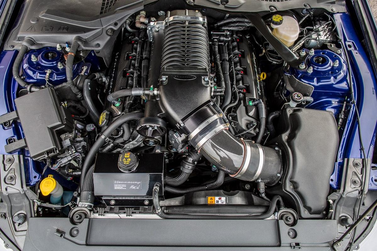 Hennessey Mustang HPE750: Cuando unes potencia y fibra de carbono salen estos resultados 4