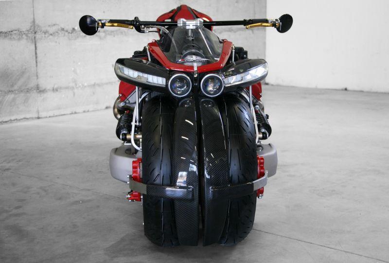 Lazareth LM 847: Una moto con cuatro ruedas y motor V8 Maserati 2