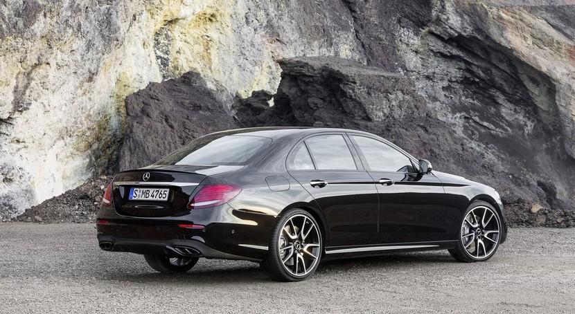 Mercedes-AMG E 43 4MATIC: El V6 biturbo de 401 CV que dan vida al Clase E más potente (de momento) 2