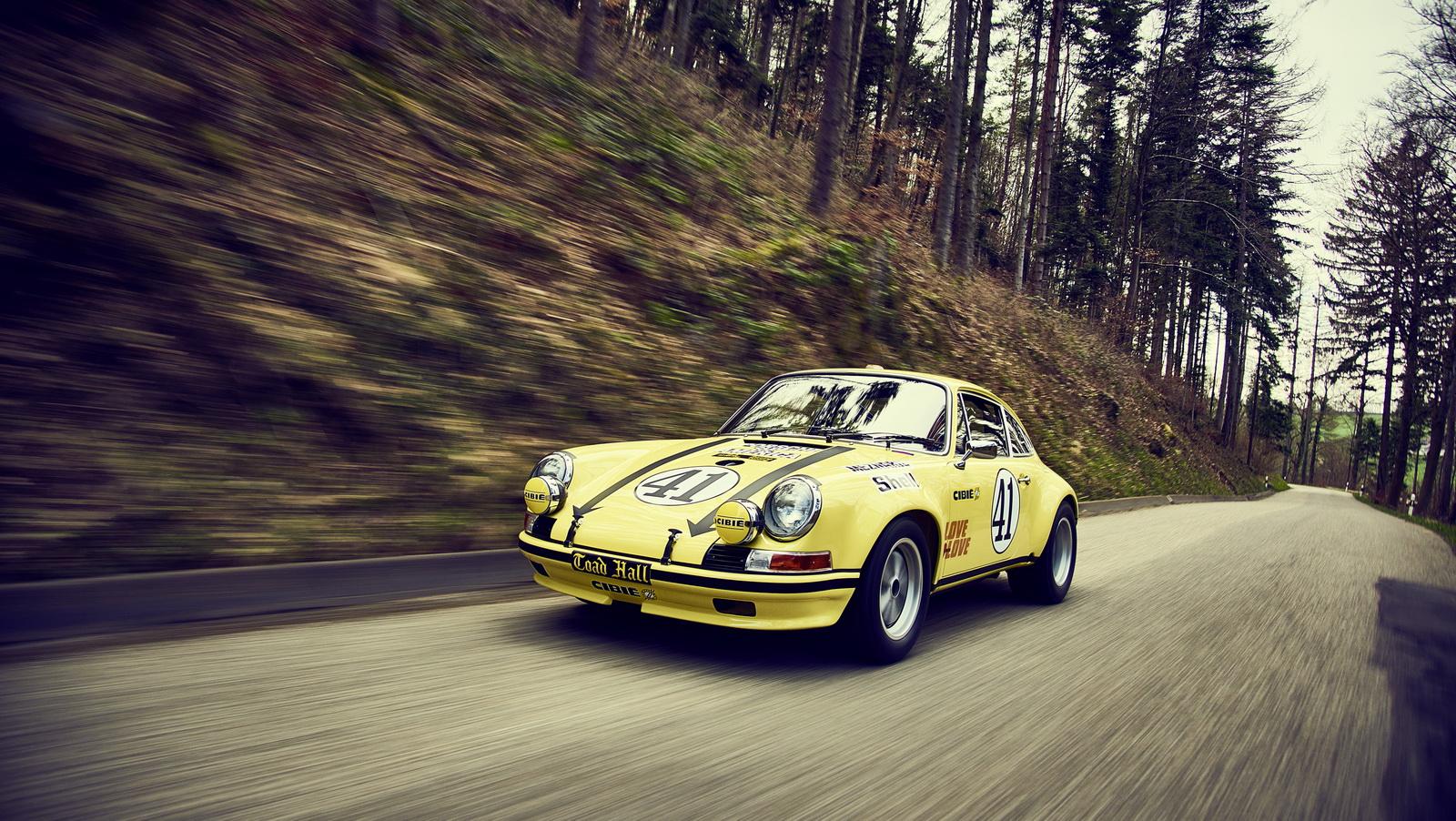 Así estaba este Porsche 911 2.5 S/T y así está ahora tras su restauración 2