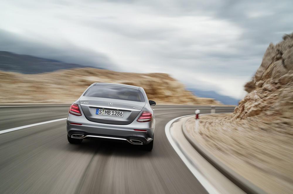 Mercedes ya tiene a punto el Clase E Cabrio, lo veremos este año 1