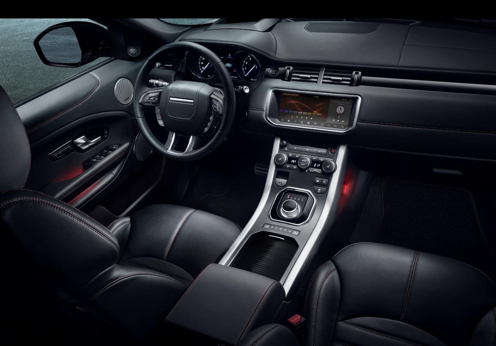 Range Rover Evoque Ember Edition: Negro sobre rojo 6