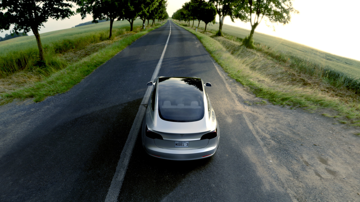 ¡Ya está aquí el Tesla Model 3! El eléctrico de 35.000 dólares y 346 kilómetros de autonomía 2