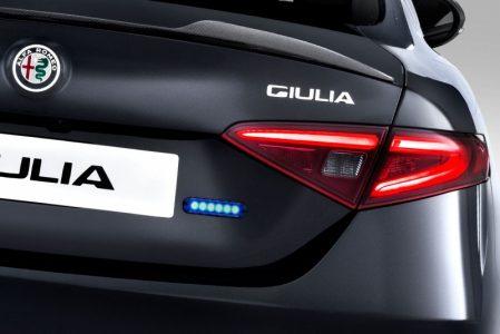 Alfa-Romeo-Giulia-QV0Police-14