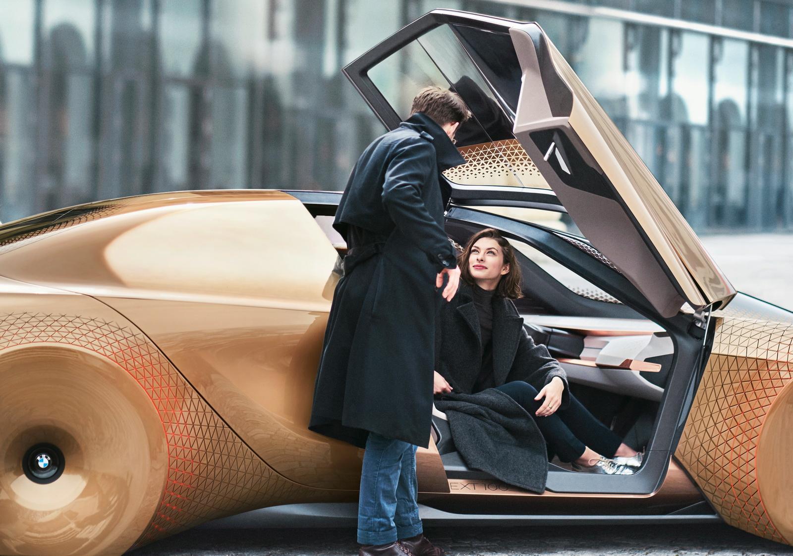 i NEXT: BMW lanzará su primer vehículo autónomo y eléctrico en el año 2021 1