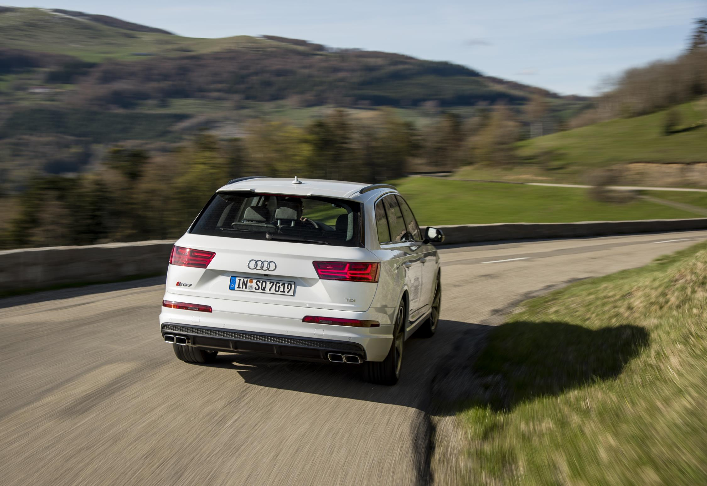 Llega el Audi SQ7 a España con 435 CV, 900 Nm de par y un precio al alcance de pocos: 110.970 euros 2