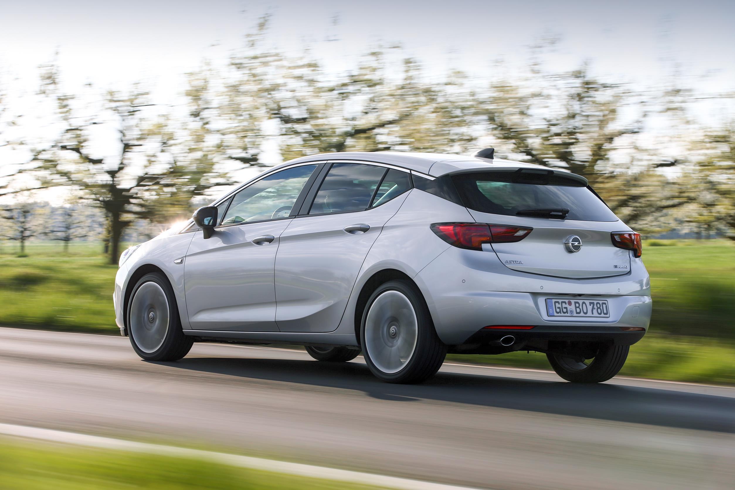 Llega el Opel Astra 1.6 Biturbo CDTI con 160 CV: Cuando prestaciones y ahorro se unen de la mano 2