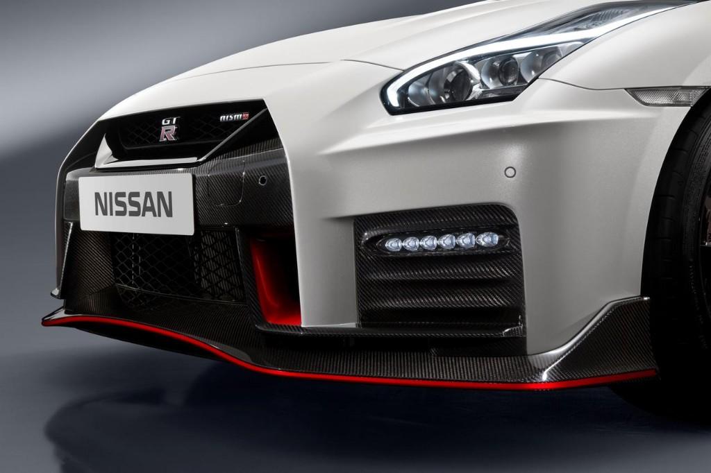 Nissan GT-R NISMO 2017: El margen de mejora todavía existía y llega con 600 CV 8