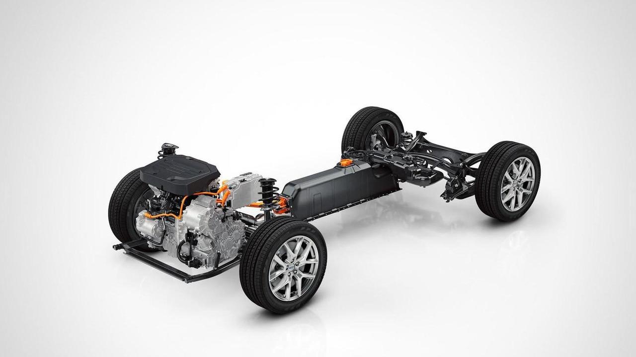 Oficial: el Volvo XC40 debutará como prototipo híbrido, ¿lo será de serie? 1