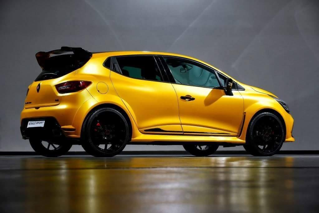 ¿Veremos un Renault Clio RS más radical y con 250 CV? 2