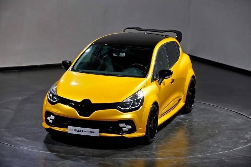 ¿Veremos un Renault Clio RS más radical y con 250 CV? 3