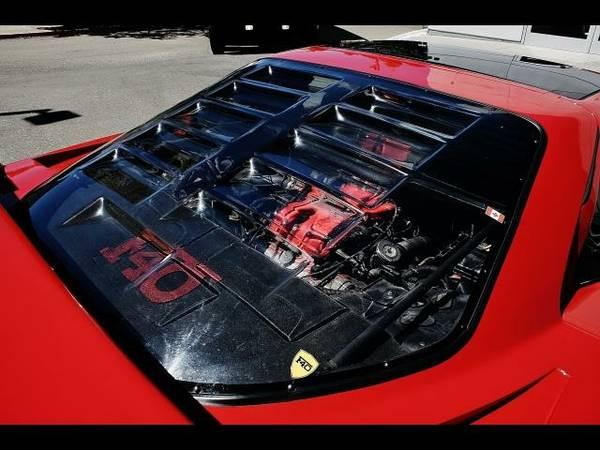 Esta réplica de Ferrari F40 vale 31.500 euros... ¿te gastarías ese dinero en ella? 6