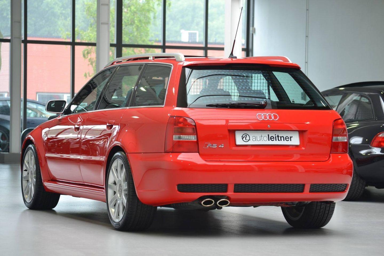 Hacerte con un Audi RS4 Avant de 2001 prácticamente nuevo es posible… por 99.500 euros 9