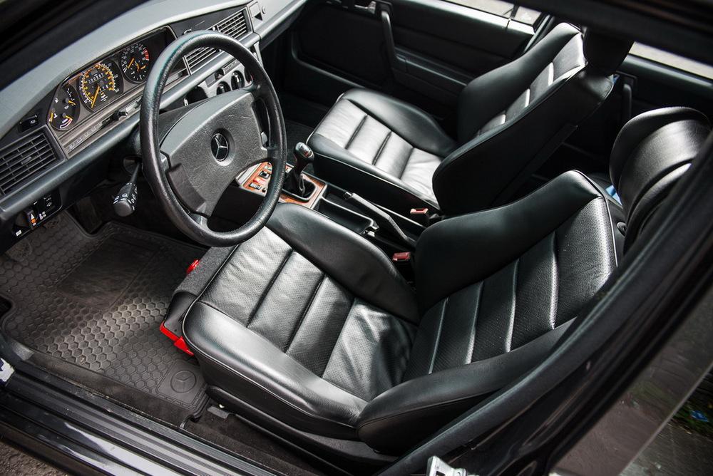 En venta: Mercedes 190 E 2.5-16 Evolution II con 1.500 kilómetros, necesitarás más de 200.000 euros... 7