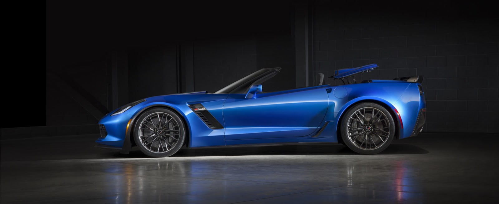 Los propietarios de un Corvette prefieren la caja automática: Sólo un 23% eligen la caja manual 1