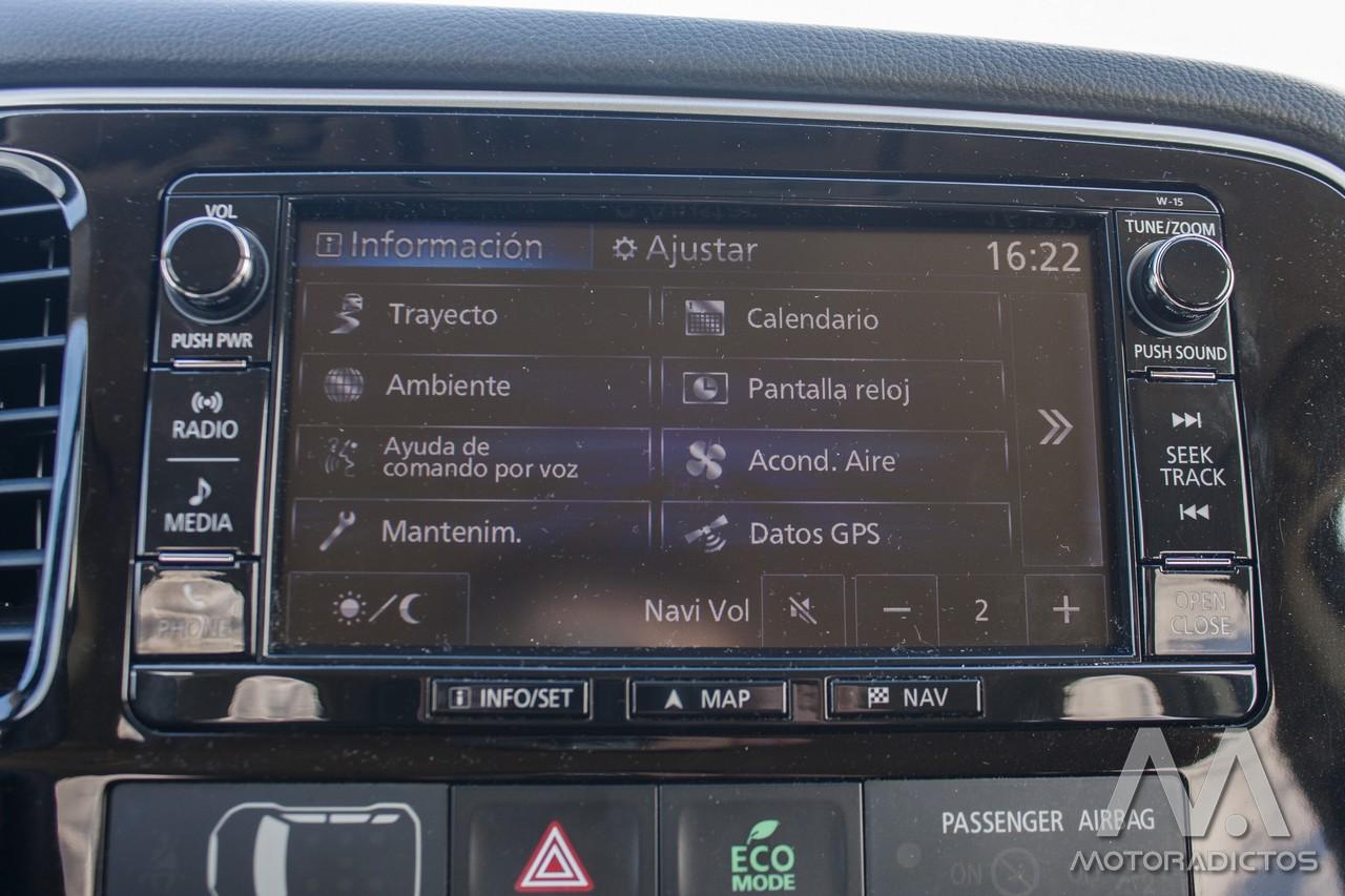 Prueba: Mitsubishi Outlander 220 DI-D 150 CV 2WD (diseño, habitáculo, mecánica) 27