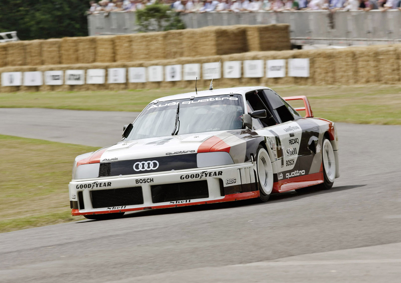 1989: most powerful five-cylinder works engine in motorsport:At the 1989 IMSA GTO in the USA, the Audi 90 quattro competes in its races with the most powerful fivecylinder works engine. The turbocharged aluminum engine is a 2.2-liter high-performance unit specially designed for racing. It develops 530 kW (720 hp) at 7,500 revolutions per minute and delivers 720 newton meters (531.04 lb-ft) of torque at 6,000 rpm. Overall, the Audi 90 quattro IMSA GTO wins seven races in the American touring car series in the 1989 season.