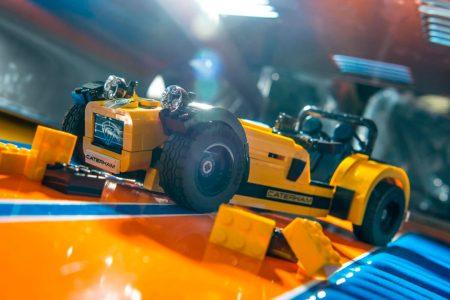 Así luce el Caterham 620R interpretado por LEGO: ¡Un juguete muy radical!