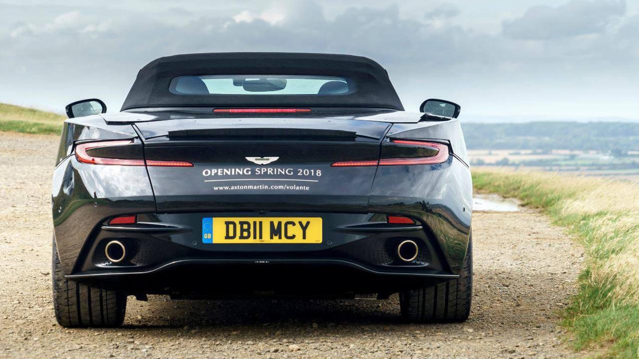 Aston Martin DB11 Volante, primeras imágenes oficiales 2