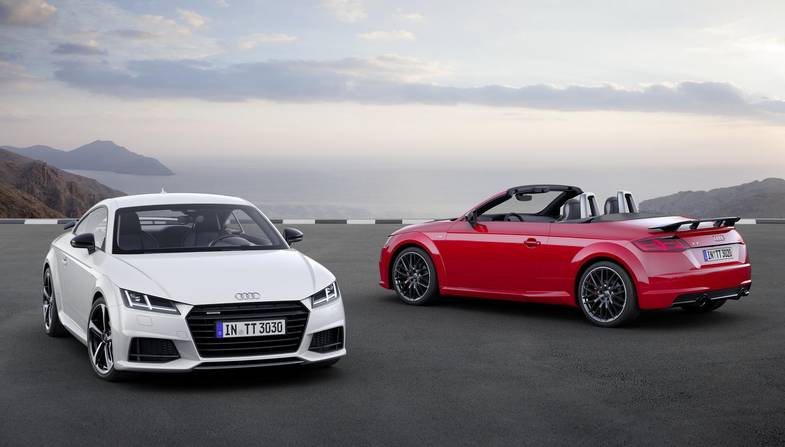 Audi TT Coupé S line competition Static photo, Colour: Glacier WhiteAudi TT Roadster S line competition Static photo, Colour: Tango Red