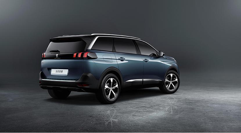 El nuevo Peugeot 5008 se transforma en un SUV siguiendo la estela de sus rivales 5