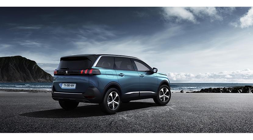 El nuevo Peugeot 5008 se transforma en un SUV siguiendo la estela de sus rivales 7